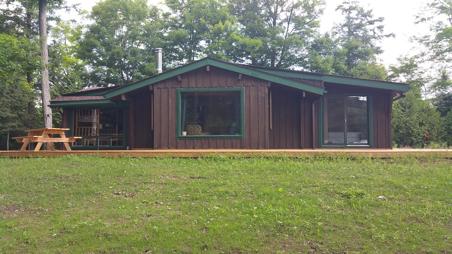 Family cottages limberlost forest and wildlife reserve for Family cottages